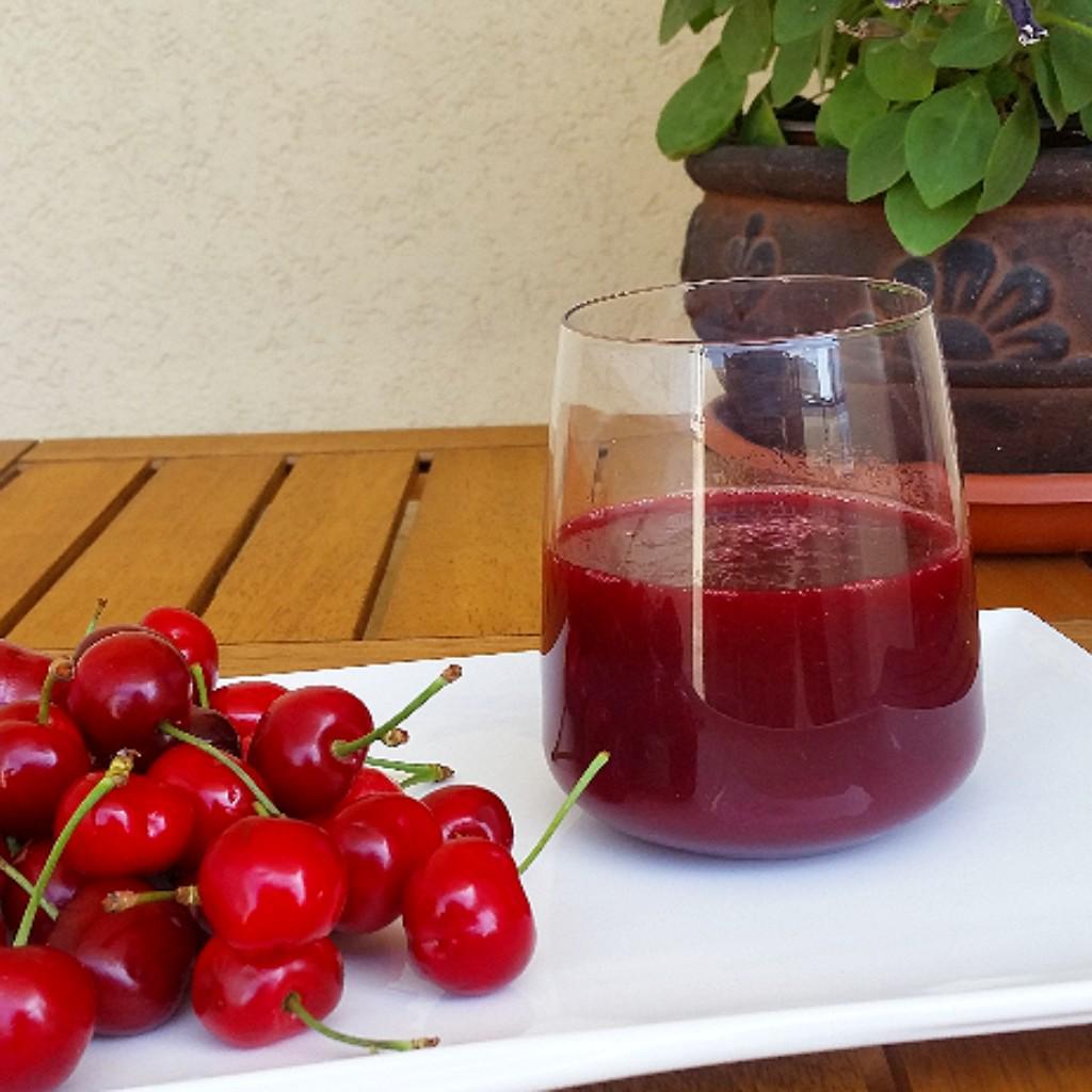 Succo di ciliegie per combattere la pressione alta