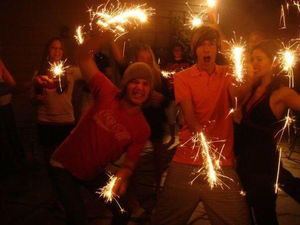 Happy birthday @JackAllTimeLow pretty sure this was July 4th 2009.Pretty sure we were mchammer time, as is tradition http://t.co/KiYjNqlJE9