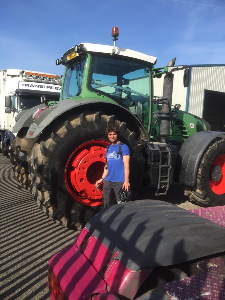 Guy On Tractor : Guy martin racing on twitter quot i m muck spreading in
