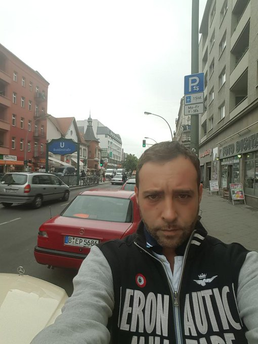 De paseo por Berlín , bonita ciudad ;) #Alemania #Berlin http://t.co/FNAIa967d7