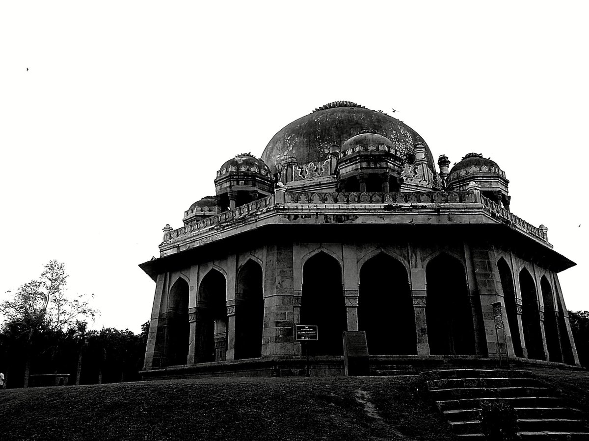 #GoBuzzinga #Delhi #History #Heritage #Ancient #Bygone #Period #Monument #Undiscovered #Discover #DelhiSecrets pic.twitter.com/6www3b8ecM