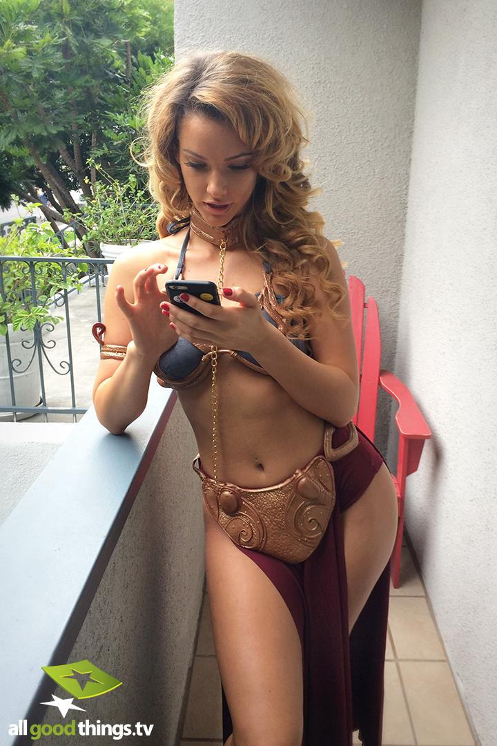 Jennifer love hewitt bikini adult