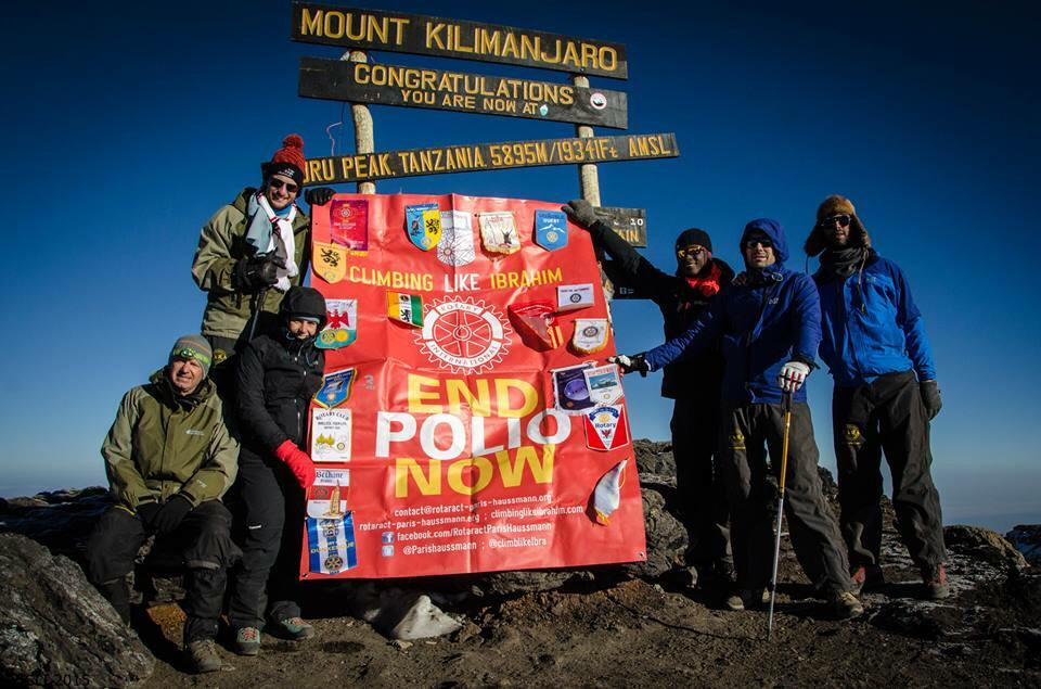 Walking to school doesn't have to be as difficult as climbing #kilimanjaro thks @Rotary & @Rotaract to @EndPolioNow http://t.co/dzq46nhtdI