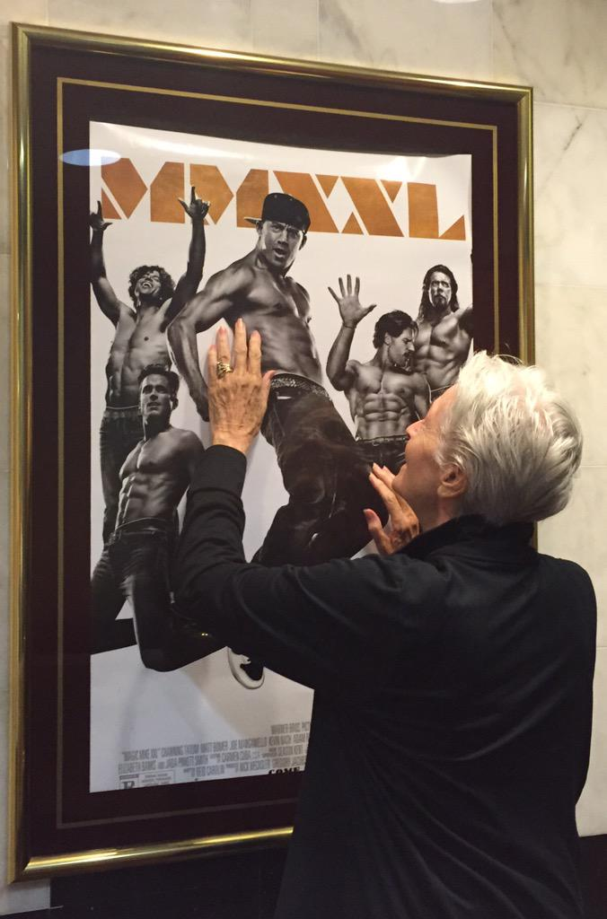 My review??? Catwoman approved. Meeoooowww. Well done boys. #MagicMikeXXL If MagicMike3D needs a gramma? I'm in.