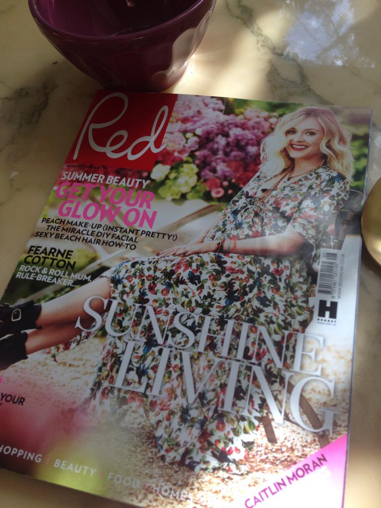 RT @SarahRedMag: Mornin! Our gorgeous @Fearnecotton August issue of @RedMagDaily hits newsstands today. Enjoy, enjoy, enjoy #NewIssue http:…