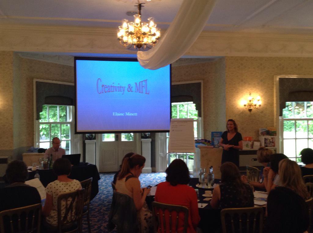 Elaine Minett is talking about creativity in MFL #JLN2015 http://t.co/iANWTvbM3M