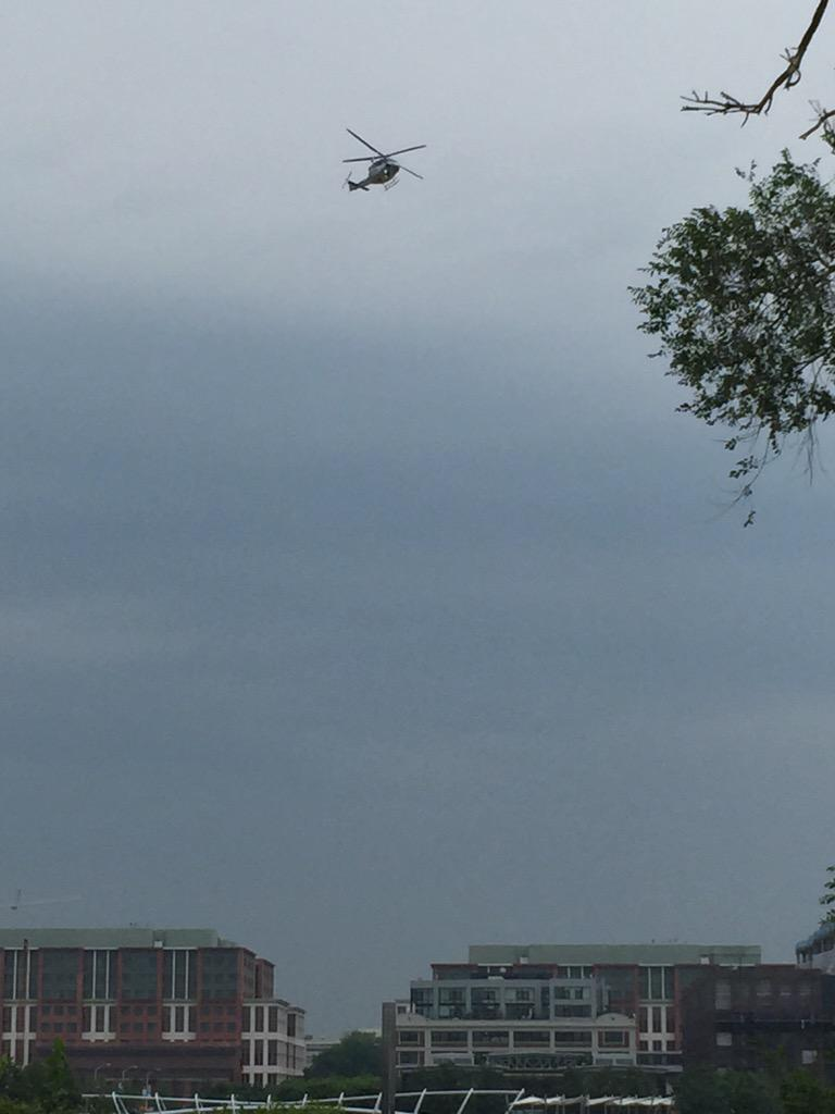 @WNEW Helicopters circling over Navy Yard...which is on lockdown this morning. http://t.co/gAax8wrkBb