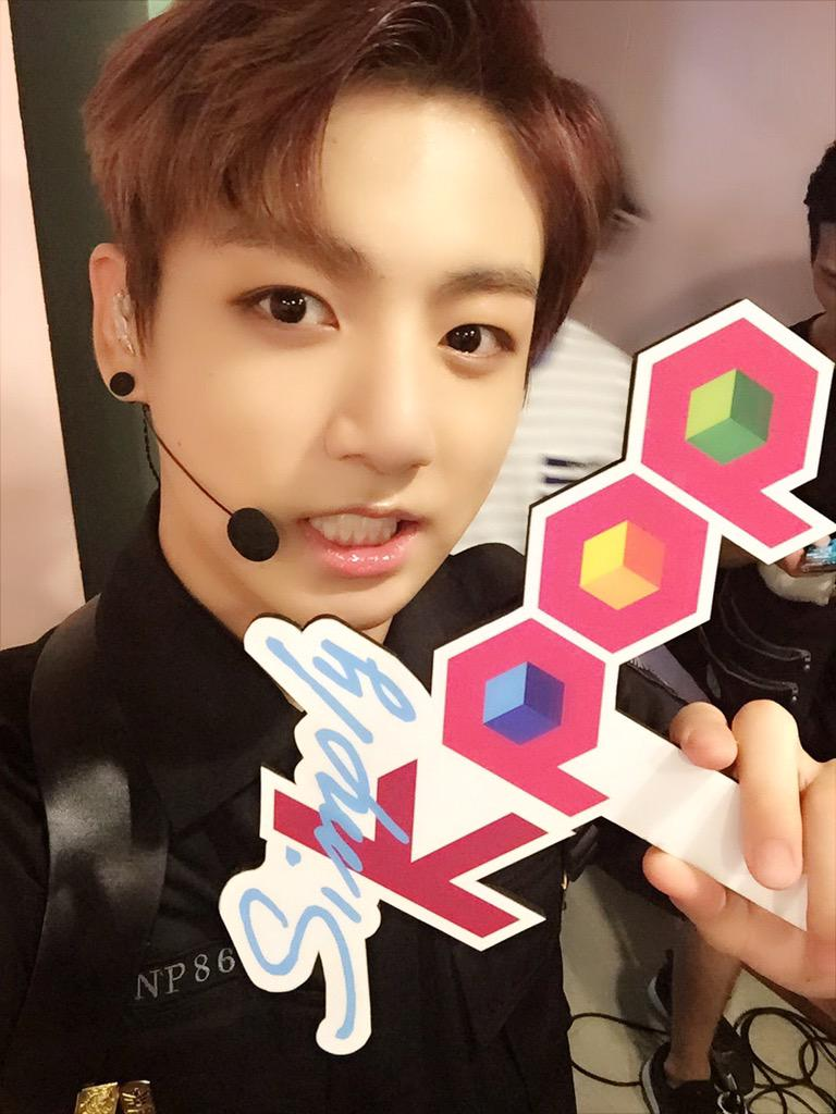 picture  bts at simply kpop twitter  150702