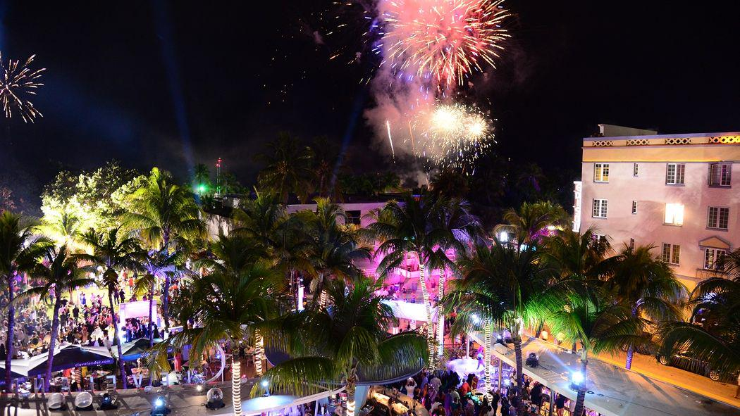 Here's your last-minute guide to the 4th of July in Miami http://t.co/XBQtB3nKFR http://t.co/spaBENW1AW