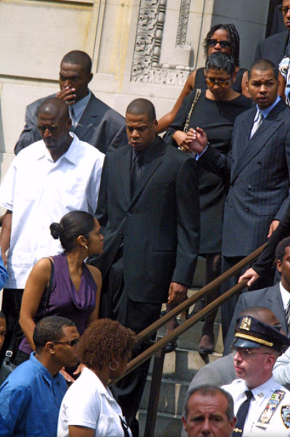 Jay Z Daily On Twitter Tbt 2001 Jay Z Leaving Aaliyah S Funeral Http T Co O4mq48rg1q