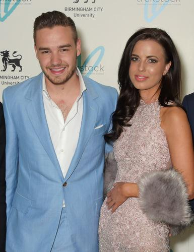 Calling all #Directioners! @Real_Liam_Payne & Sophia Smith are nominated for #HCCOTS! http://t.co/R9VdIYe9qD #Sophiam http://t.co/0u05qT5kyv