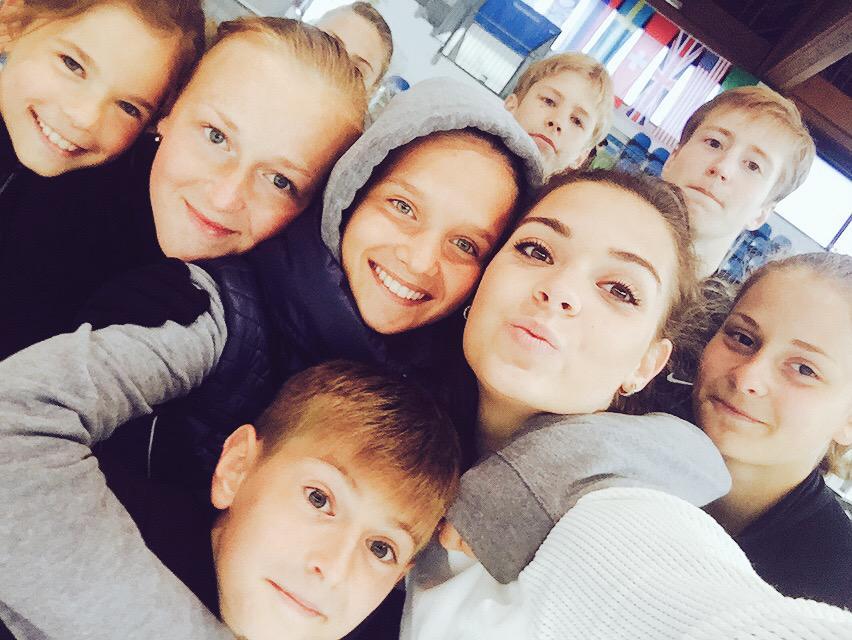 Adelina Sotnikova  - 1⃣9⃣ ✨🎉💥✨� twitter @sotnickova2014