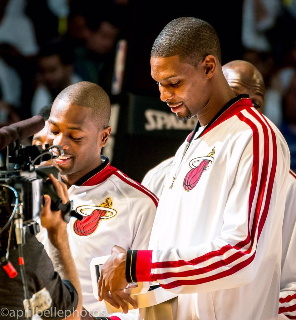 @DwyaneWade I knew we weren't finished!Let's get it!You are the best Teammate/Friend/Neighbor I could ever ask for http://t.co/vsQOHCRE1v