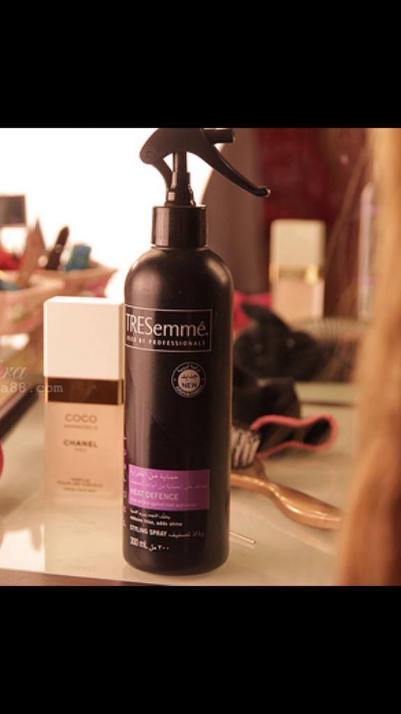 سـعادتي بصـلاتي On Twitter Sarhbeauty بخاخ تريسمي Tresemme لحماية الشعر من الحرارة بخي على شعرك قبل الاستشوار أو الفير أو السيراميك جمالك حوا Http T Co Py5elvoibg