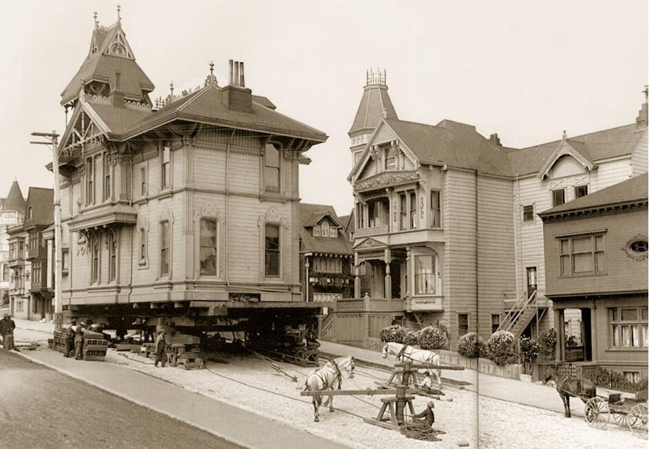 RT @HistoryInPics: Moving a house using draught horses. San Francisco, 1908. http://t.co/oruN8lgold