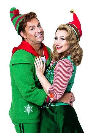 Getting ready for Christmas a little early this year! Me and @thebenforster  rocking our outfits for @ElfMusical 💚 http://t.co/3RsnxXaiVR