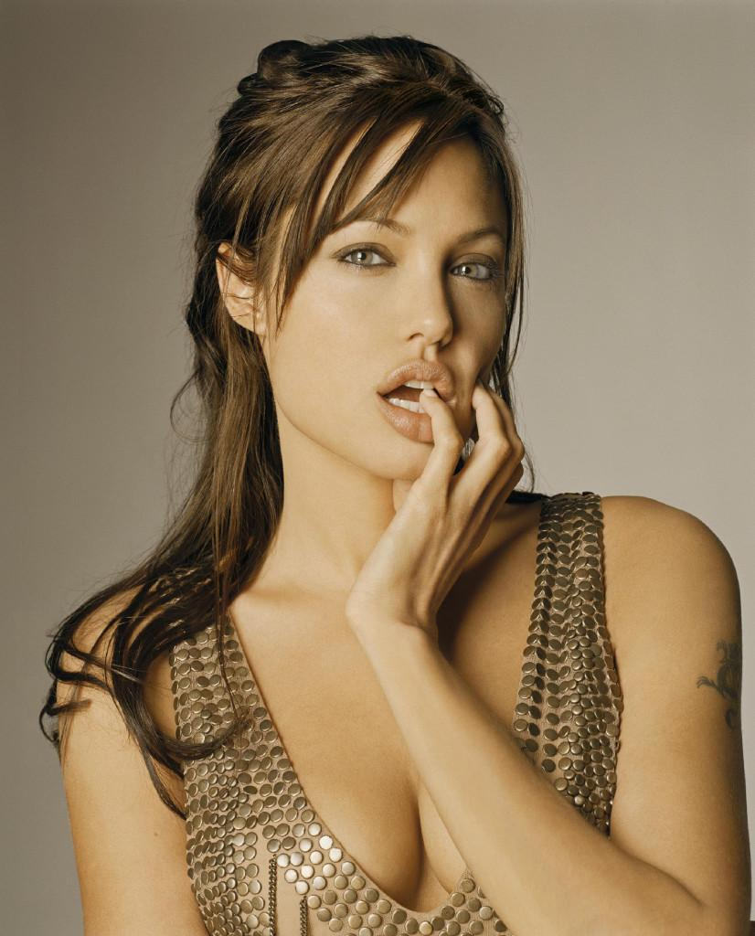 """Angelina Sex Video bosy on twitter: """"hot sex video angelina jolie http://t.co"""