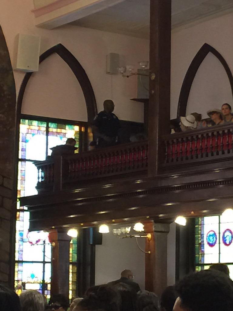 Nine People Killed in Charleston Church Shooting; Massacre Suspect Dylann Storm Roof Arrested CIBuJYuVAAAyDtJ