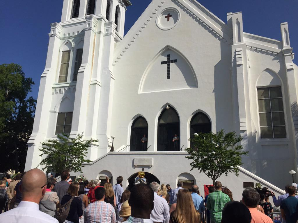 Nine People Killed in Charleston Church Shooting; Massacre Suspect Dylann Storm Roof Arrested CIByngFWEAAUwUB