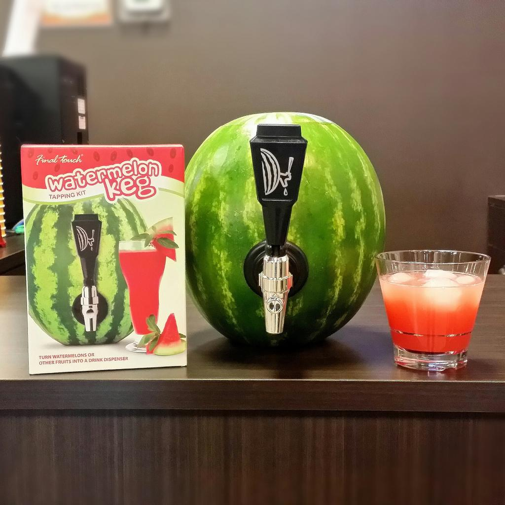 Summer is here! Why not tap a watermelon? We tried it out at @ecscoffee.  #finaltouch #ecscoffee #miltonon #burlont http://t.co/4k597j8Qyl