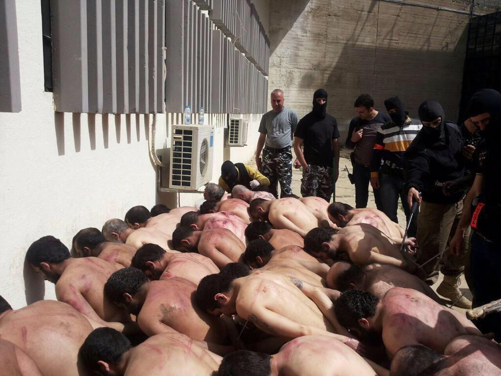 خنزير  لبناني يضرب شيخ من شيوخ اهل السنه في لبنان CIDrHz3VEAAeIpy