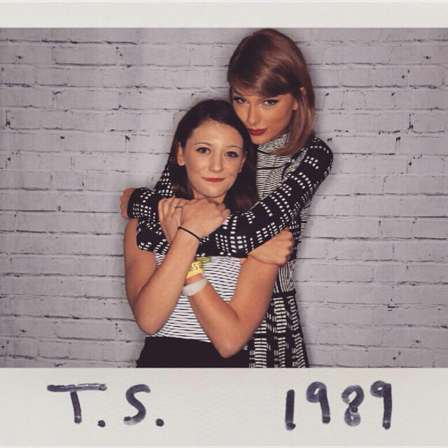 Taylor swift updates on twitter pre show meet and greet tswiftla pre show meet and greet 1989touramsterdam picitterzenz0viw4q m4hsunfo Choice Image