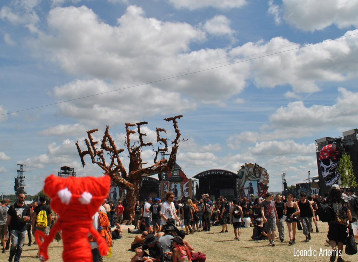 @unravel_game  I made my own #yarny and he was at the #Hellfest2015 yesterday ! #Clisson http://t.co/zHVcuMTumL