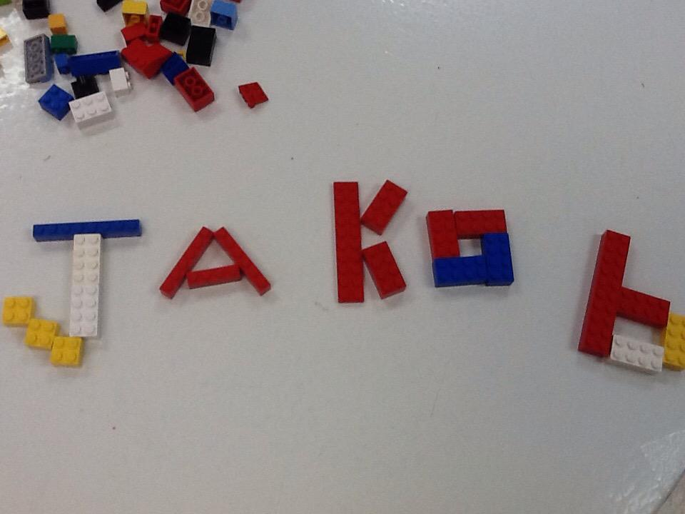 I can spelled my name in Lego. #legochallenge1 http://t.co/w0fKQ3h8IR