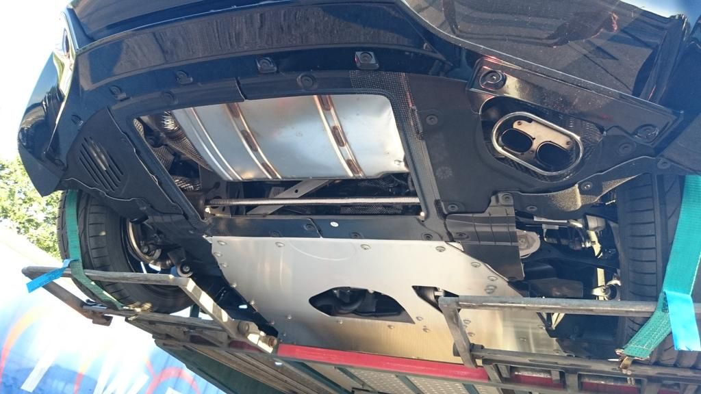T On Twitter Underside Of The Bmw I8 Interesting Exhaust Bmw I8