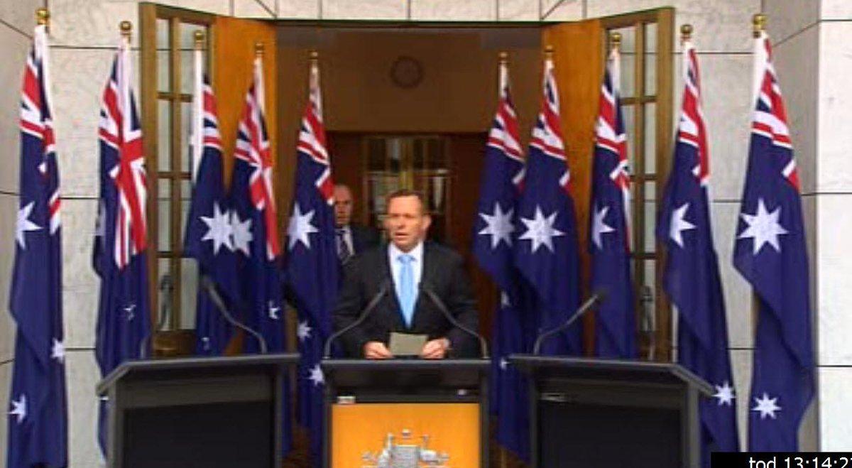 Peak Flag REACHED.. Ten flag PM Presser http://t.co/rHBddCFUho