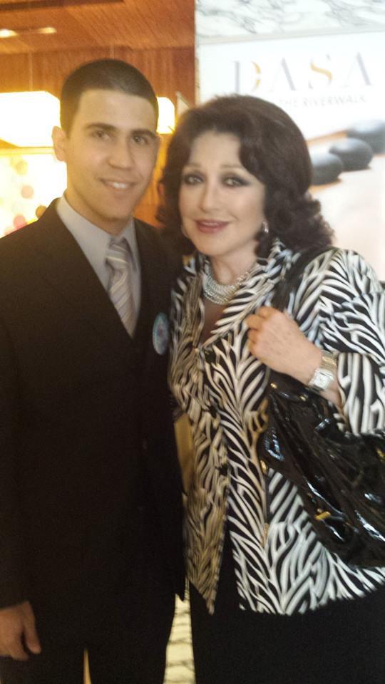La actriz @angelicamaria tendrá estrella en Hollywood. via @Telemundo62 http://t.co/OyOsK646KR FELICIDADES María! http://t.co/lkMUrD55at