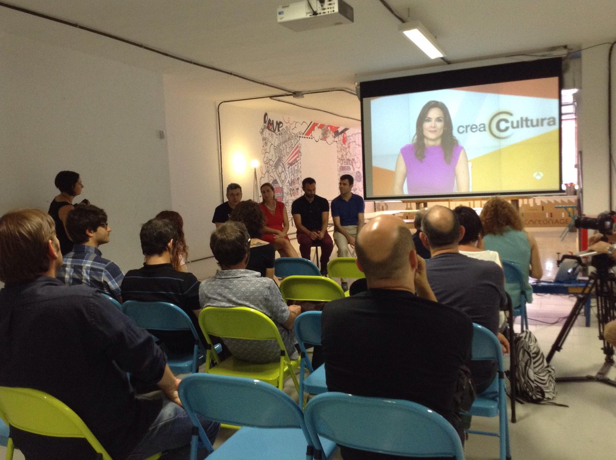 Comenzamos con el #Almuerzotalents. Nuestro CEO habla sobre la plataforma, que ya cuenta con más de 4.000 artistas. http://t.co/qc7whllYZ8