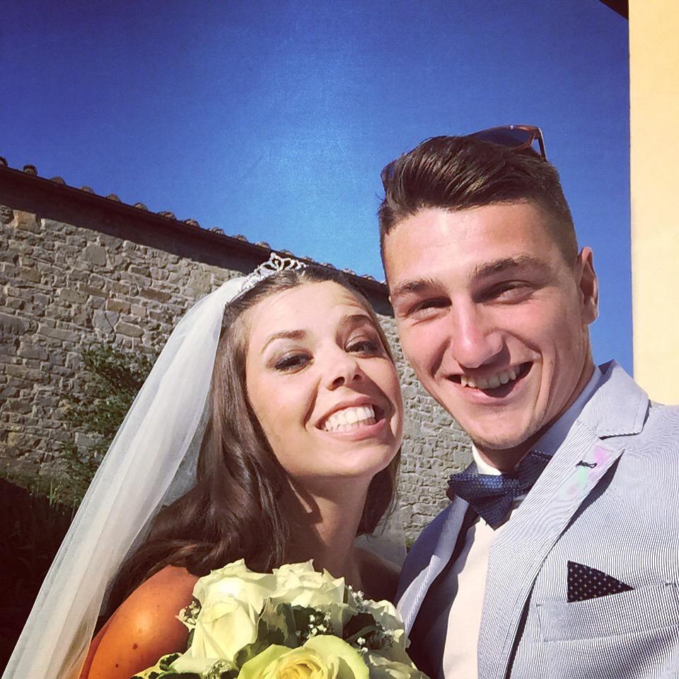 Matrimonio Del mio amicone #federicocarraro e sua moglie #giuliafallani 😍 http://t.co/9talnSJ7Kb
