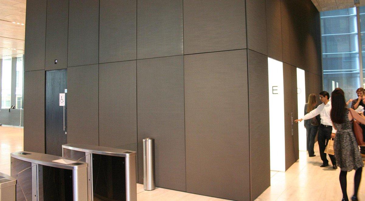 Nuestros #revestimientos #mallasmetalicas #Codina. Rothschild New Court – London (UK)  http:// bit.ly/1HaQWAH  &nbsp;  <br>http://pic.twitter.com/v8SzerHzcC