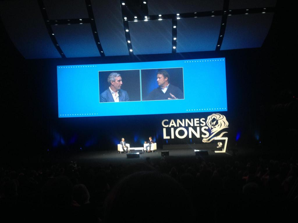 Jamie Oliver and me on stage @canneslions @jamieoliver  #edelcannes #canneslions http://t.co/gHyVLUSiJr