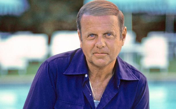 'Eight is Enough' actor Dick Van Patten dies at 86: http://t.co/hfNJS0mmHW http://t.co/QHAZS4qepc