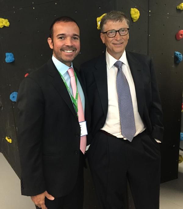 Our CEO introduces @BillGates to Smartmatic's efforts to improve elections around the world. At the @GlblCtzn meeting http://t.co/XEUw8P8lPA