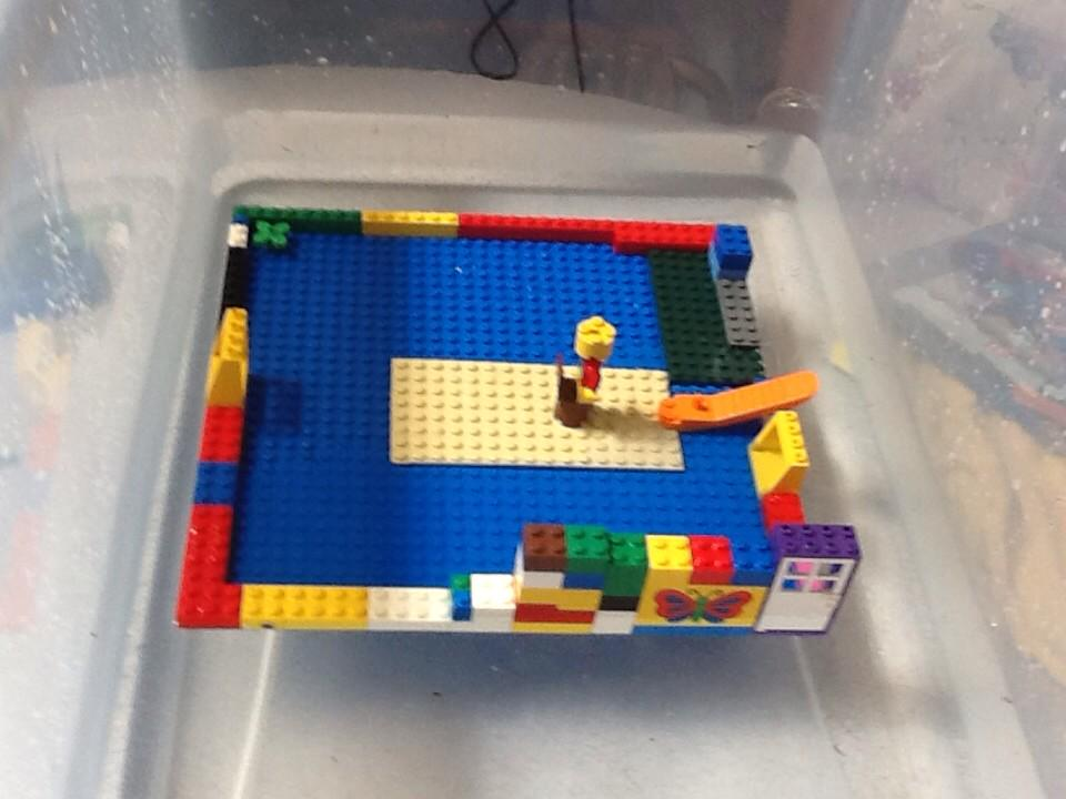 #legochallenge2 we made a lego boat that actoully floats. By Avtar and Jasmehar and adam. http://t.co/vVTl7ml7cO