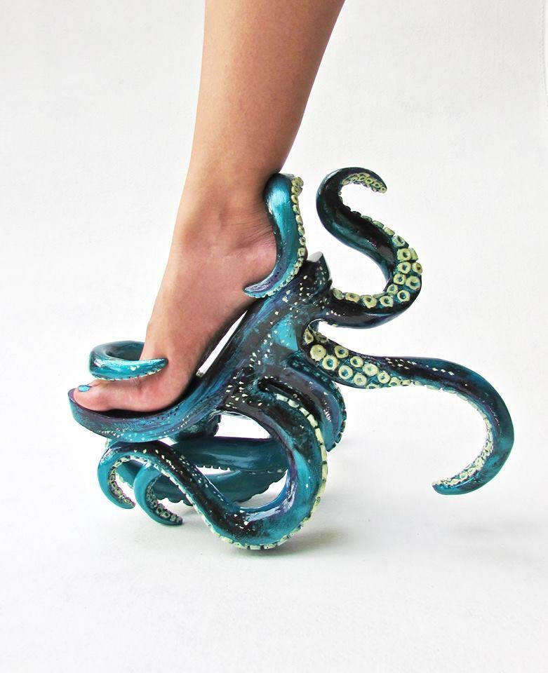 Cthu-Shoe