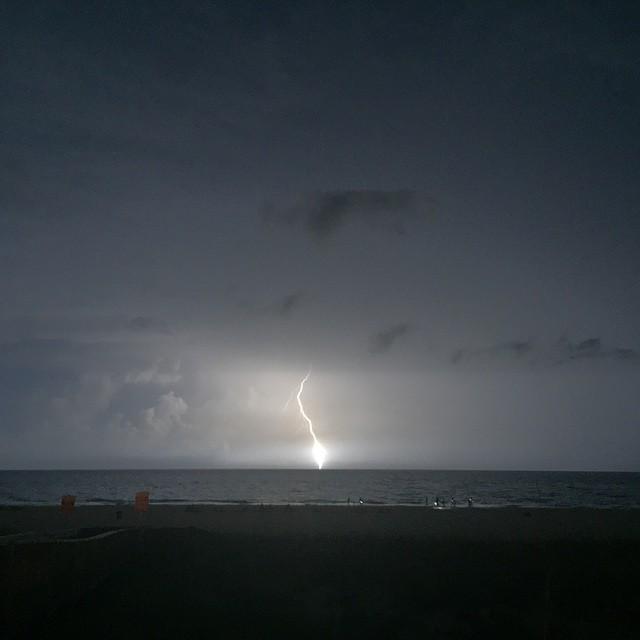 #nofilter in Panama City Beach! @spann #flwx #lightning #igwx #florida #pcbpovsweeps #pcb … http://t.co/vJ15p6kdn9 http://t.co/N6eOsuJX6f