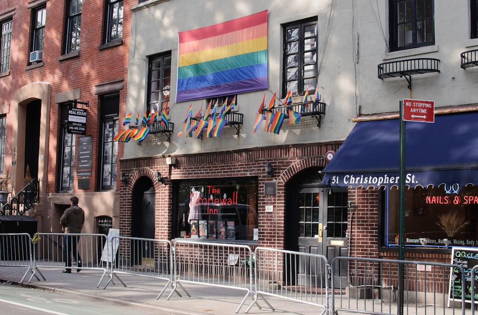 Stonewall now officially a NYC landmark! http://t.co/AJFrB8A3GF @CoreyinNYC @bradhoylman @DeborahJGlick @RosieMendez http://t.co/NoSE4dyPLW