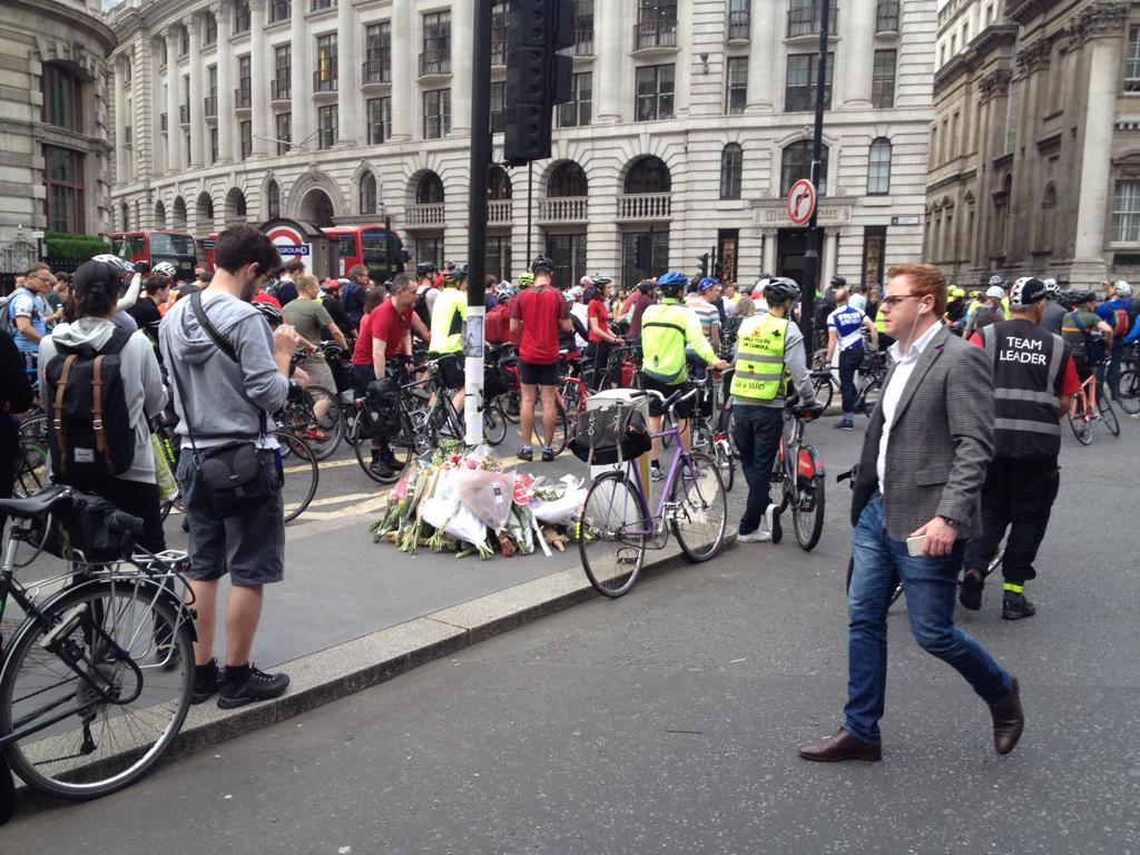 Sobering sight on walk to work. Protest at Bank for another cyclist death this week. RIP Ying Tao #safetyfirst http://t.co/EIQHEJHga6
