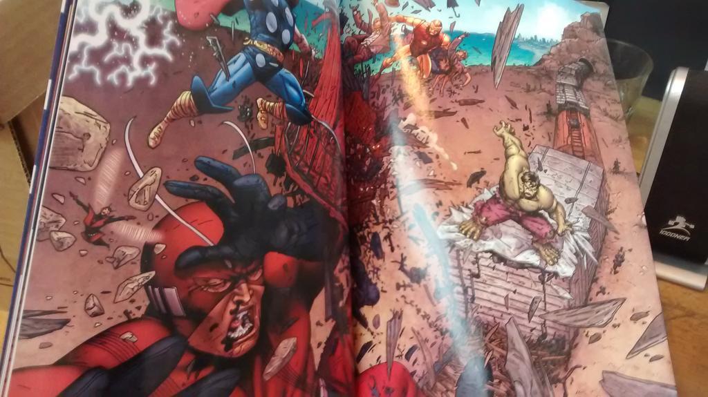 [Comics] COLECCION CLARIN 2015: AVENGERS - Página 17 CIRE40RXAAAlnQO