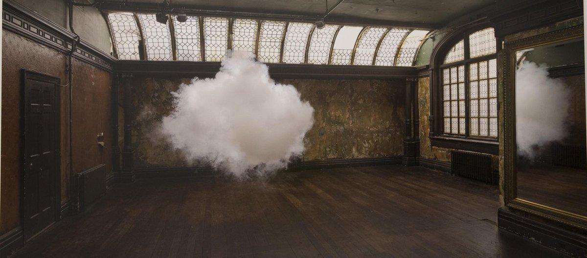 Les nuages intérieurs de Berndnaut Smilde http://t.co/rUUHrHYCLH http://t.co/4FgOdYVhMl