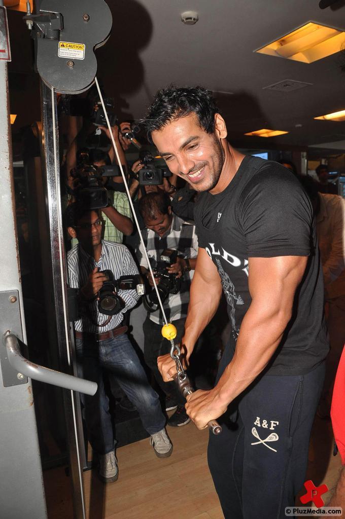 john abraham before bodybuilding wwwpixsharkcom