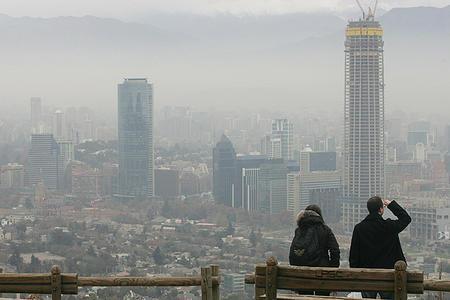 4000 personas mueren al año por enfermedades asociadas a contaminación ambiental en #Chile http://t.co/hUEB0rXxKS http://t.co/C722x4Ke2P