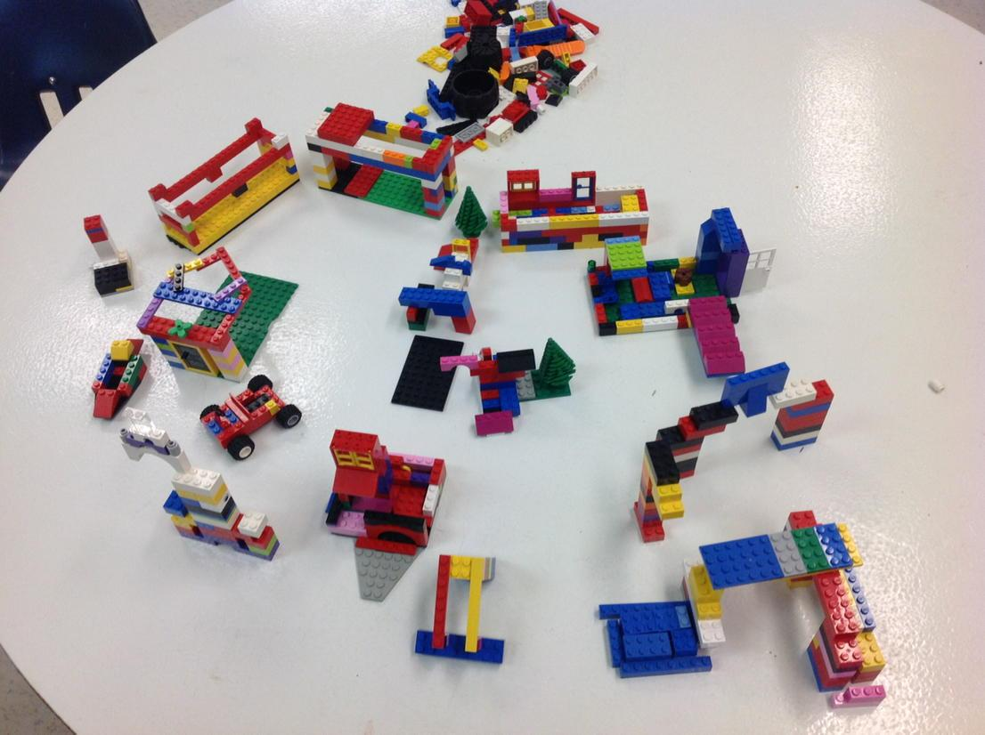 The whole playground from #legochallenge3 together. Would you like to play there? http://t.co/gxWkonJfNT