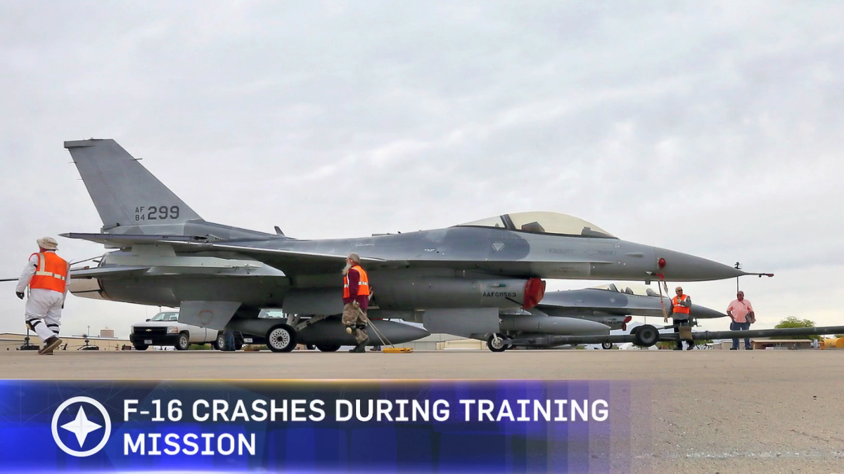 An F-16 from the Air National Guard 162nd Fighter Wing has crashed during a training mission. http://t.co/ki9PR7JSr9 http://t.co/h43ebGsGIx
