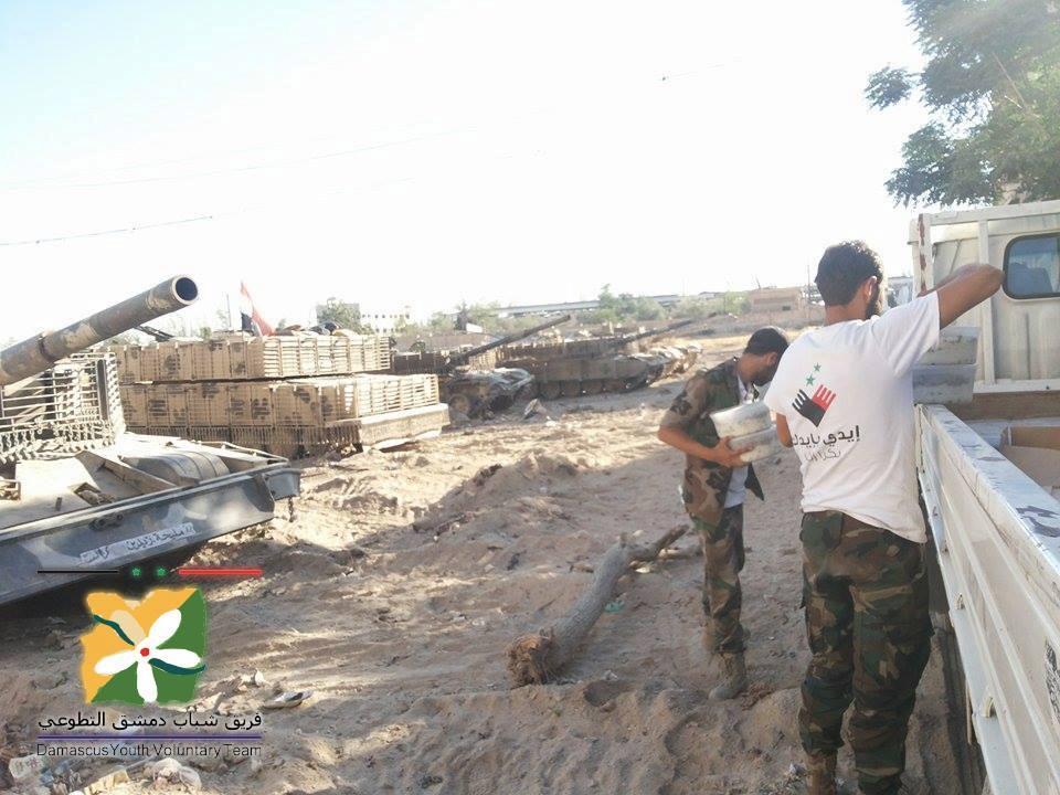الوحش الفولاذي لدى قوات الجيش السوري .......الدبابه T-72  CIYEtBSUsAAQb1t