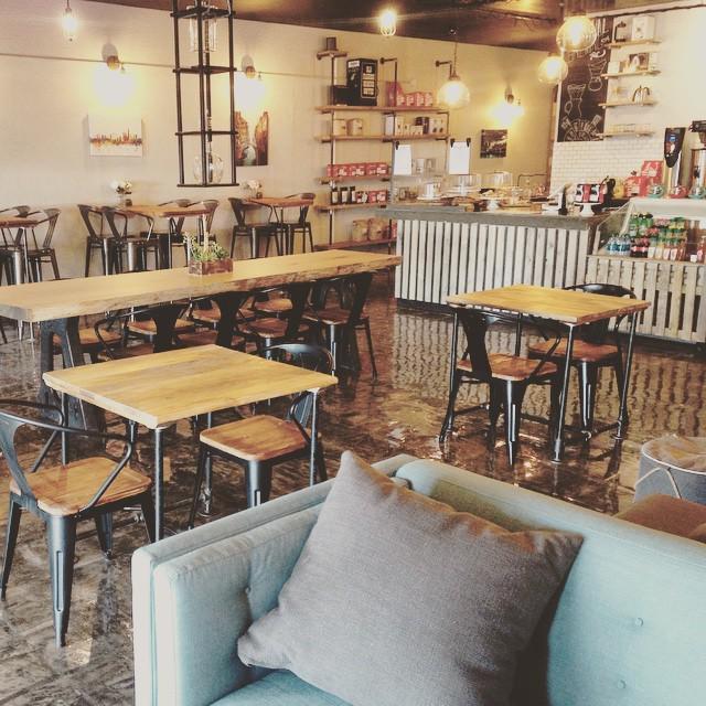 Here's a photo of Maverick Coffee in Scottsdale! @maverick_coffee http://t.co/D2WpNU1DbM